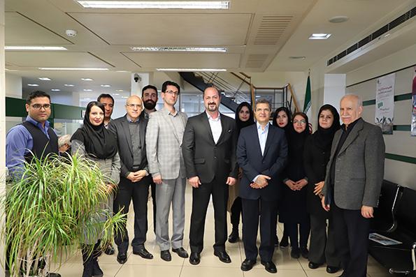 پایگاه خبری آرمان اقتصادی 11501_orig بازدید مدیرعامل بانک کارآفرین از شعب پل رومی، قلهک و میرداماد در تهران