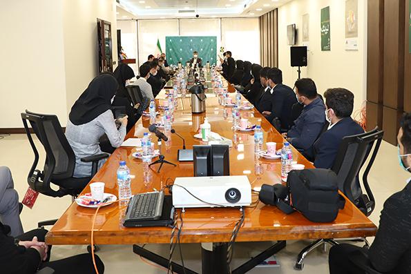 مراسم اختتامیه چهارمین دوره آموزشی بدو استخدام کارکنان بانک کارآفرین برگزار شد